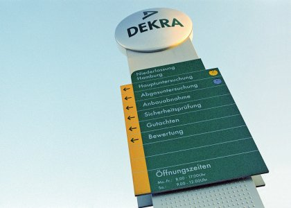 Dekra Corporate Design Hesse Design